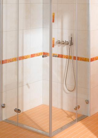 Дренажные каналы для душевой открывают новые дизайнерские возможности в создании интерьера ванной комнаты